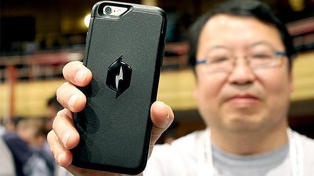carcasa iphone recargable con el aire