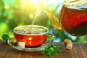 tomar una taza de té