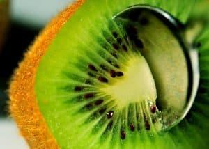 beneficios del kiwi en nuestra salud