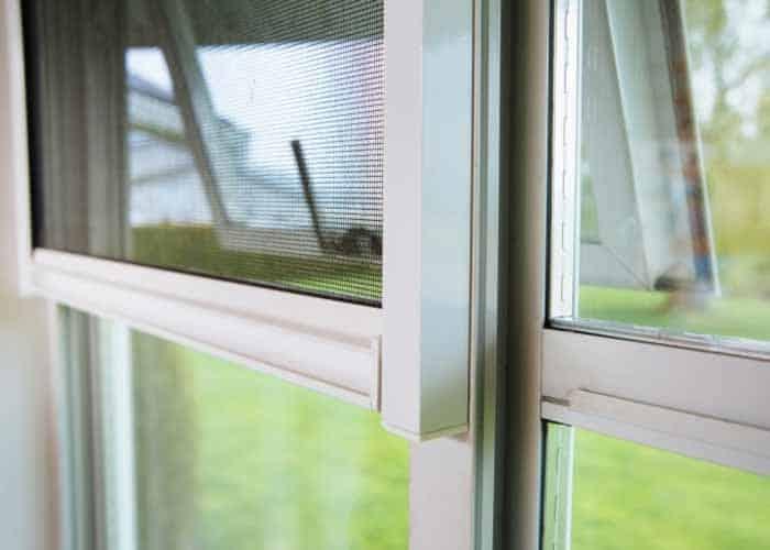 mosquitera en ventana para que no entren mosquitos
